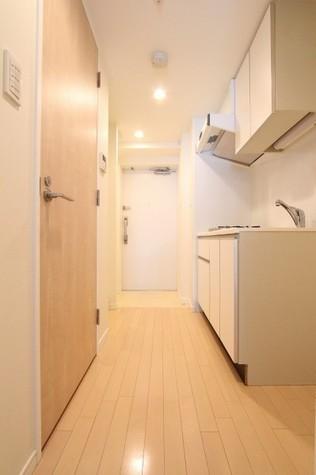 参考写真:廊下・玄関(2階・反転タイプ)