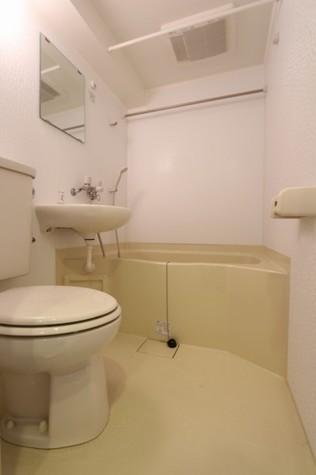 参考写真:浴室(5階・別タイプ)