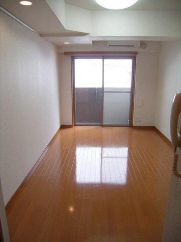 パレステュディオ新宿御苑前 / 3階 部屋画像6