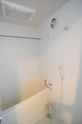 ゆっくり入れるお風呂!浴室乾燥つき