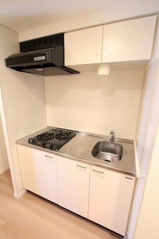 参考写真:キッチン(12階・別タイプ)