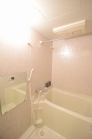 浴室乾燥機つきで雨の日も安心