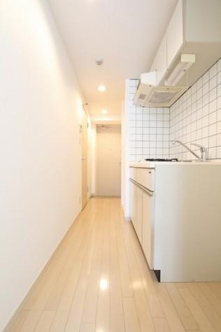 参考写真:廊下(3階・反転タイプ)