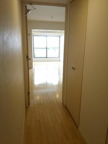 ライフェール新宿御苑North Side / 2階 部屋画像6
