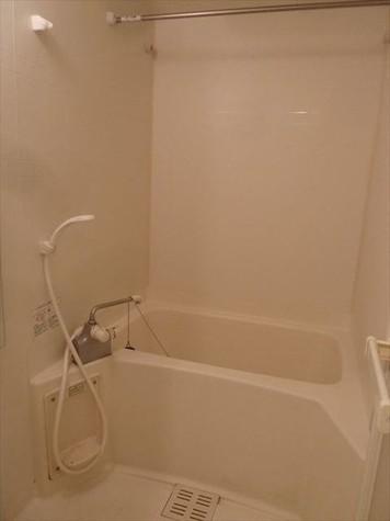暖房換気乾燥機能付き浴室
