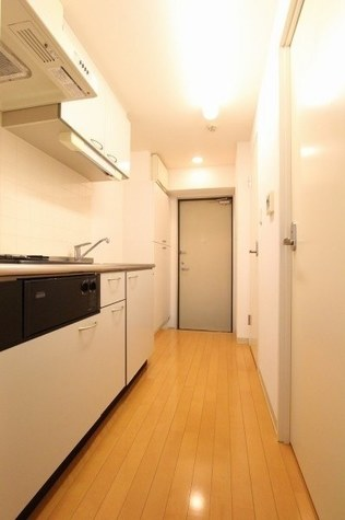 参考写真:廊下(1階・反転タイプ)