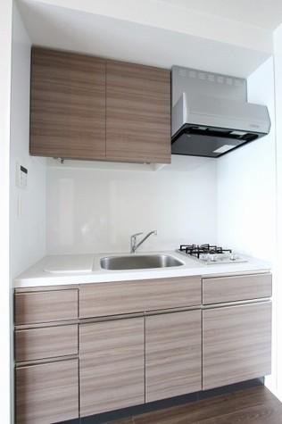 参考写真:キッチン(12階・反転タイプ)