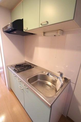 参考写真:キッチン(6階・類似タイプ)