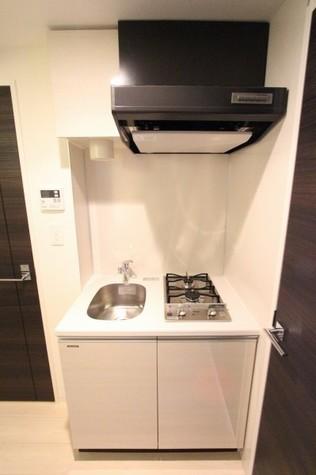 参考写真:キッチン(8階・類似タイプ)
