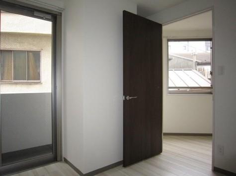 クム目黒五番館 / 2階 部屋画像8