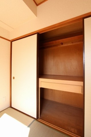 参考写真:和室収納(9階・別タイプ)