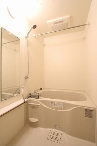 参考写真:浴室(12階・別タイプ)