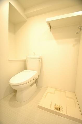 暖房便座つきシャワートイレ
