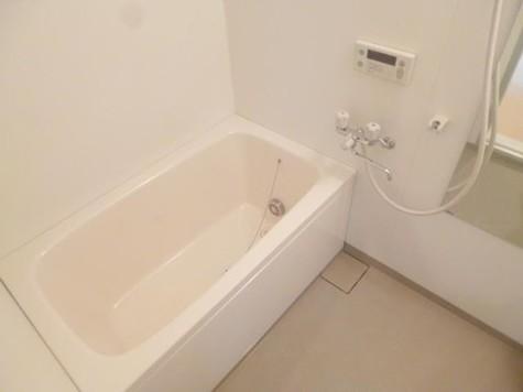 ☆大きなお風呂でゆったりバス…