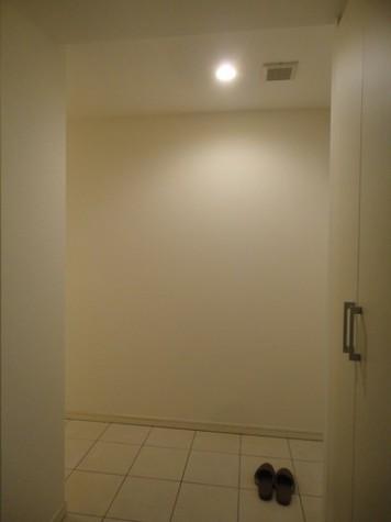 辰巳 11分マンション / 2階 部屋画像8