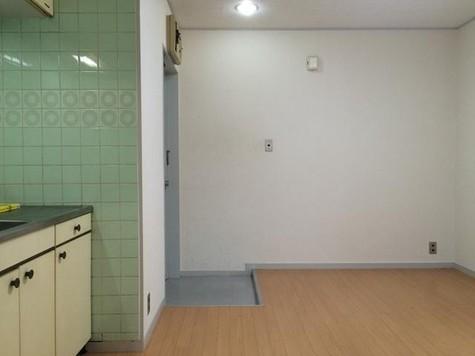 キングスコート / 1階 部屋画像8