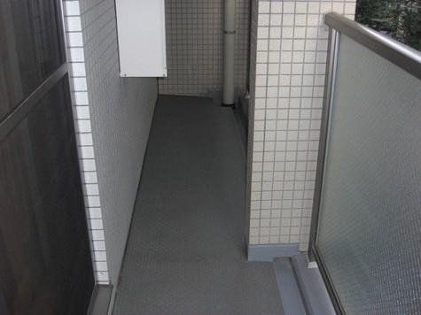 シャリオ本芝 / 3階 部屋画像8