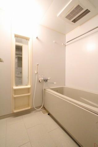 参考写真:浴室(7階・別タイプ)
