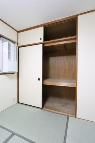 参考写真:和室収納(3階・別タイプ)