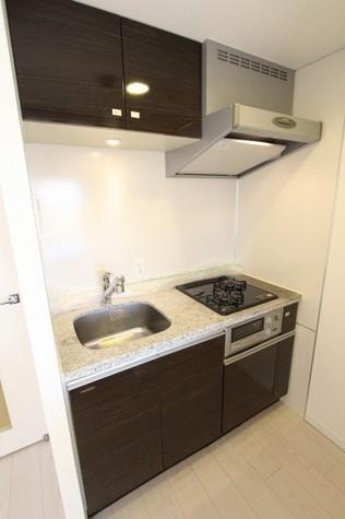 参考写真:キッチン(11階・同タイプ)