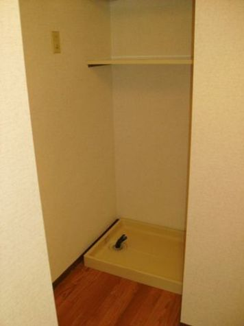 ドウェル大倉山 / B202 部屋画像9