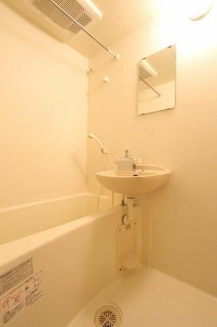 参考写真:浴室(4階・別タイプ)