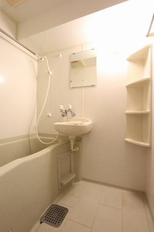 参考写真:浴室(10階・別タイプ)