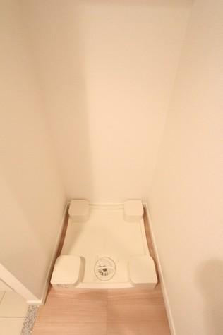参考写真:洗濯機置場(12階・別タイプ)