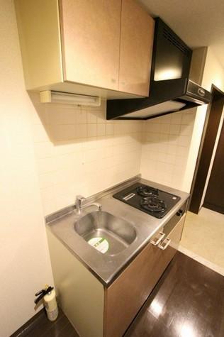 参考写真:キッチン(4階・別タイプ)