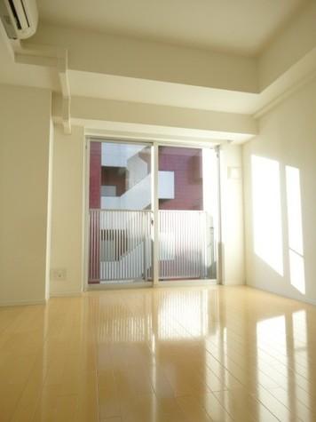 蔵前 3分マンション / 6階 部屋画像9