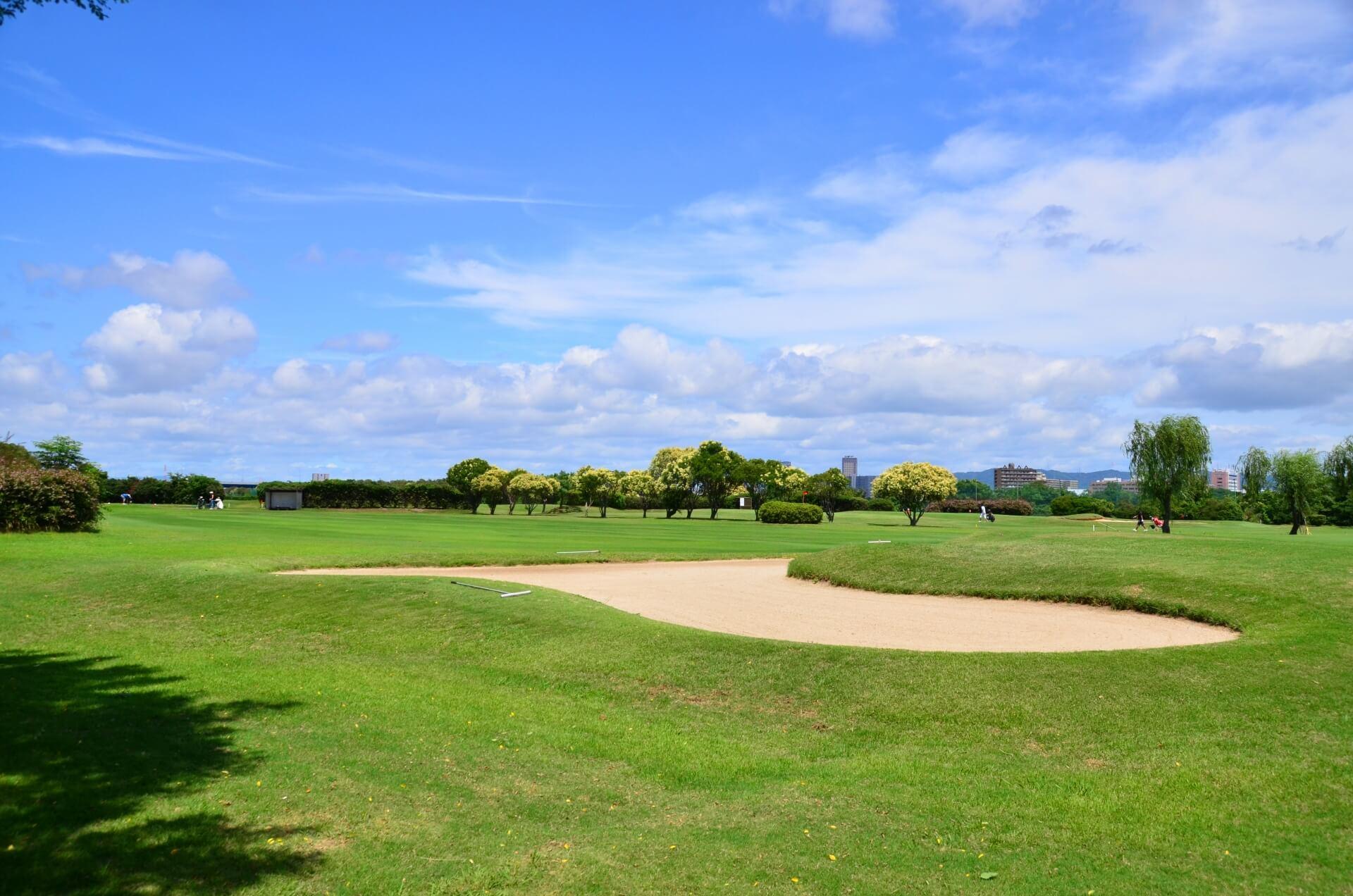 ゴルフのラウンドあたりに消費されるカロリー量は?
