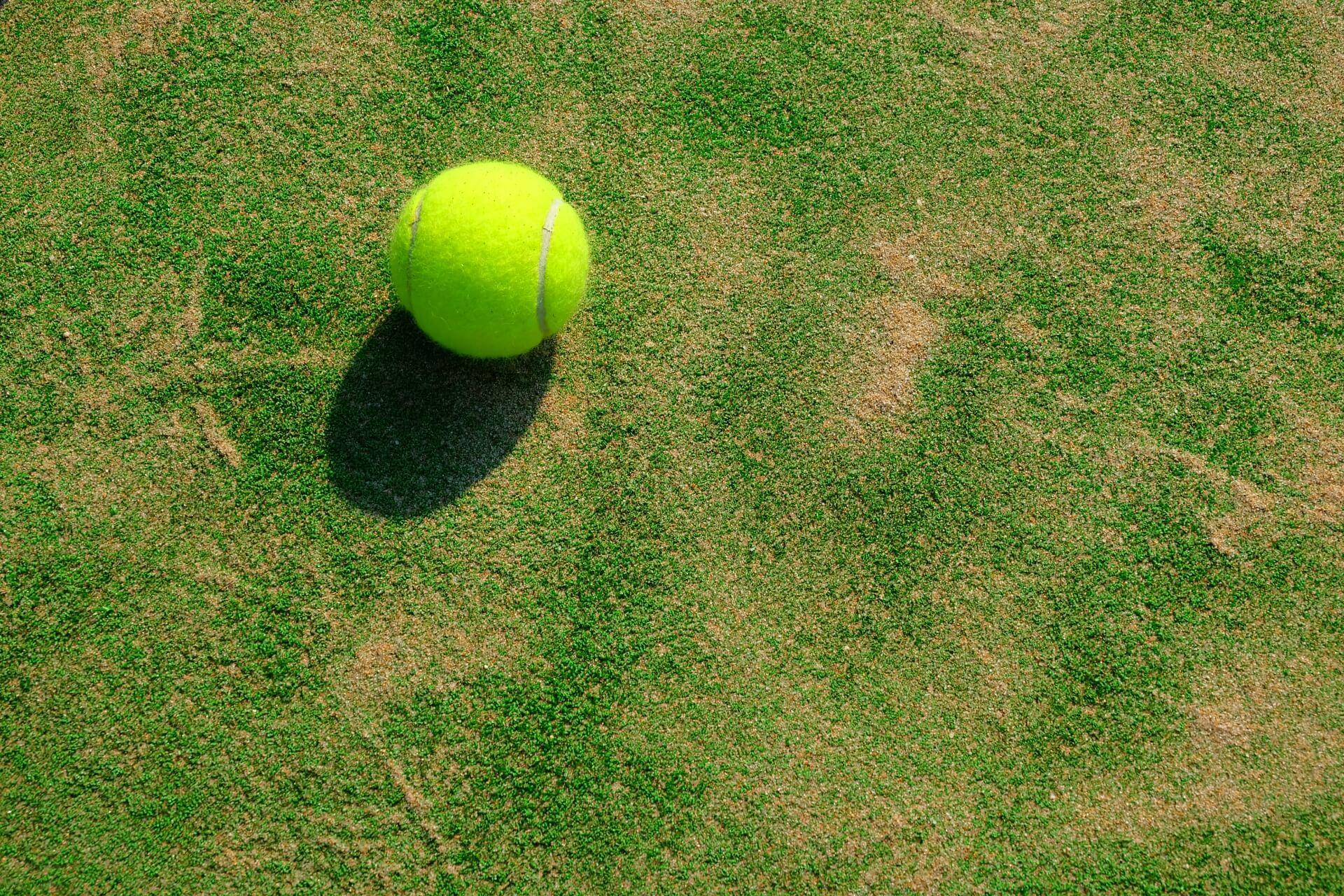 テニス上達のために家でもできる練習法
