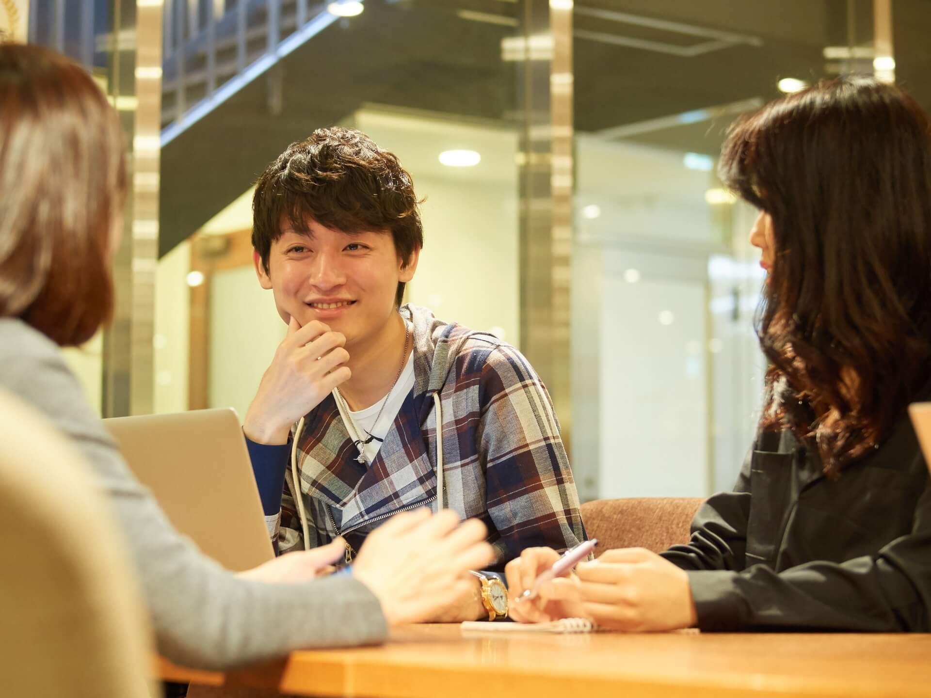オフサイトミーティングって何?その特徴と効果的な進め方のコツ