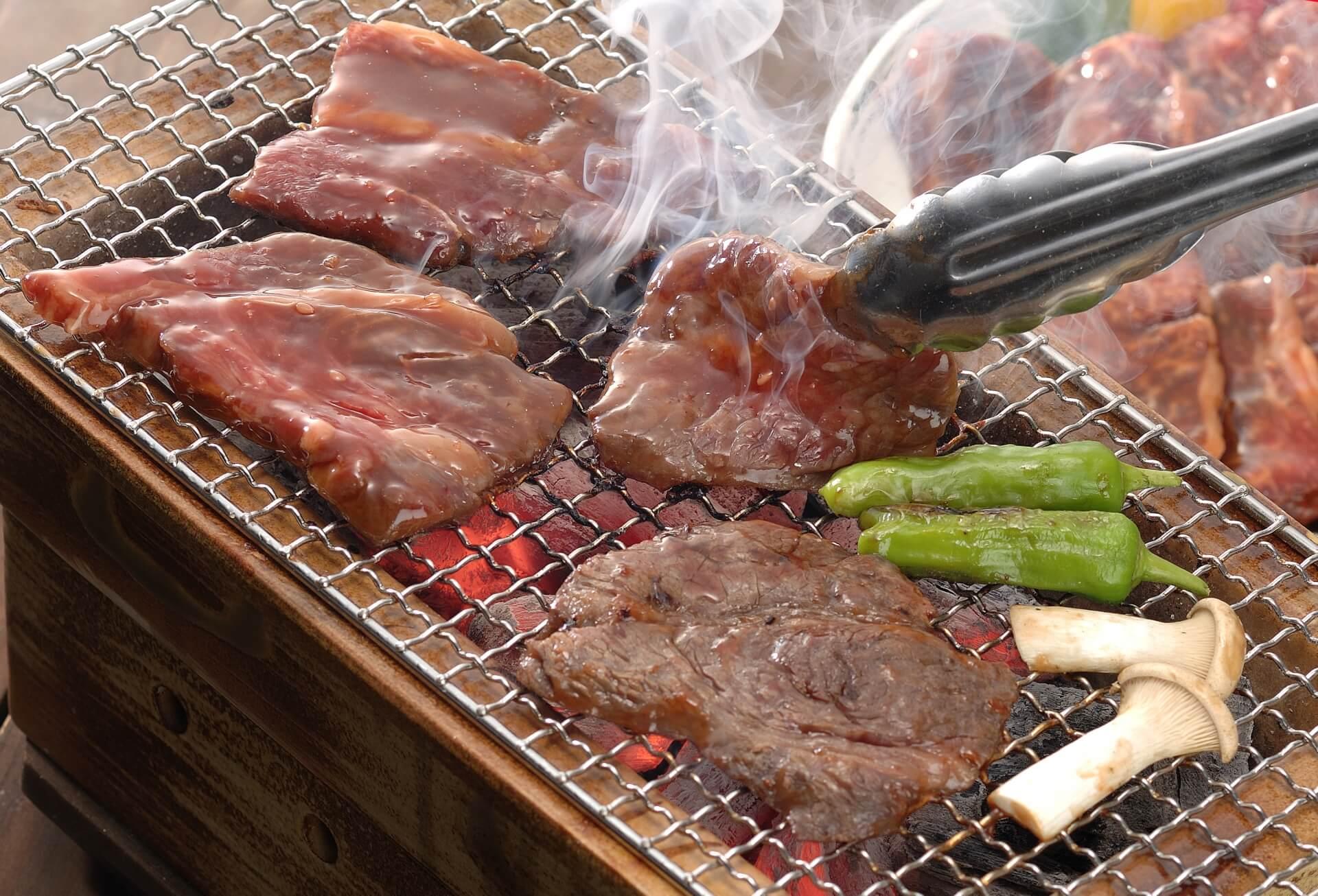 【人数別】バーベキューに必要な材料である肉の量まとめ