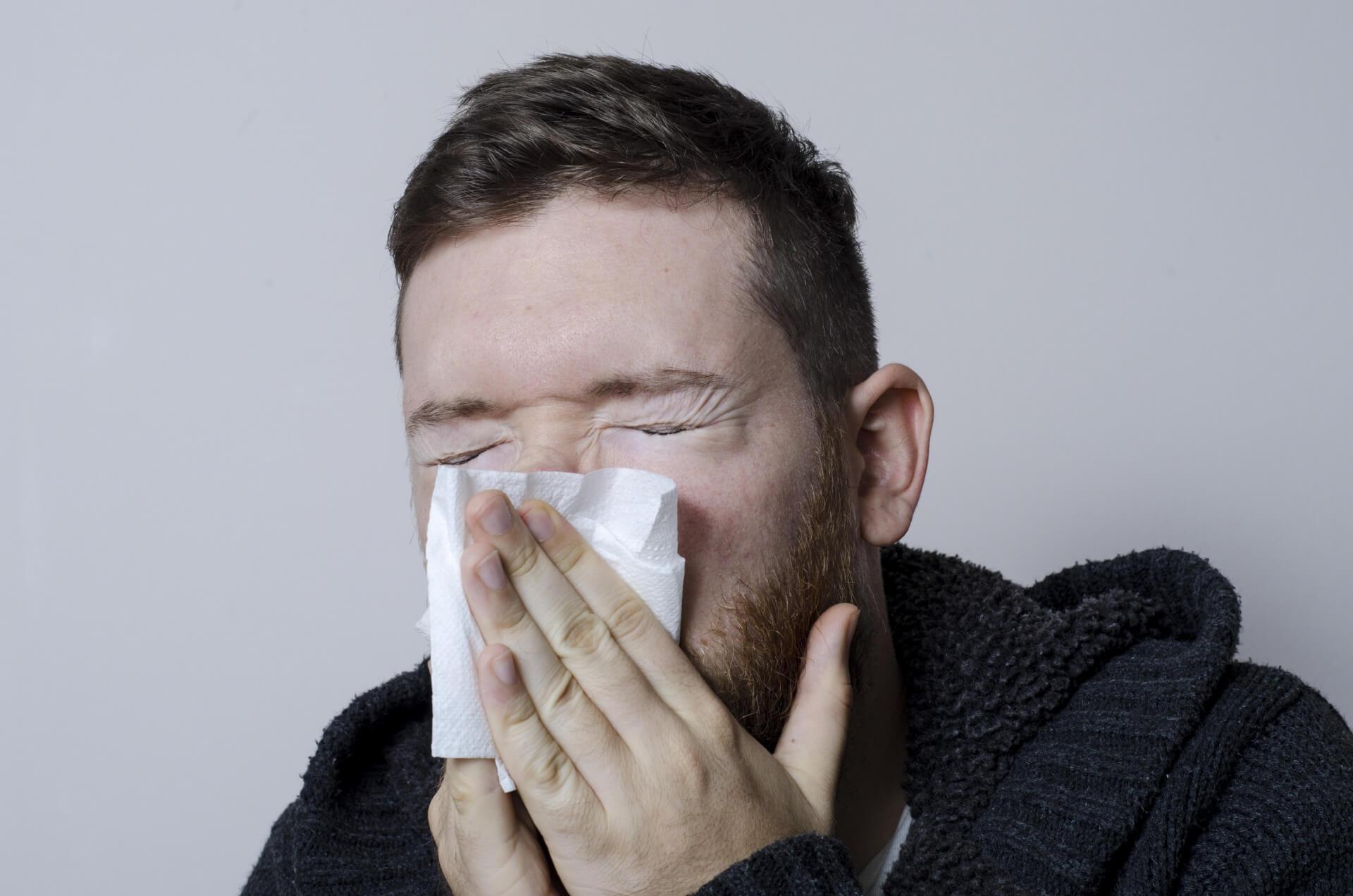 カラオケで困ってしまう前に…鼻づまりを解消する方法