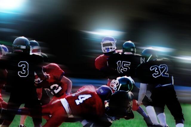 アメフト選手はサッカー選手よりも儲かる?〜NFL選手の年俸ベスト3〜
