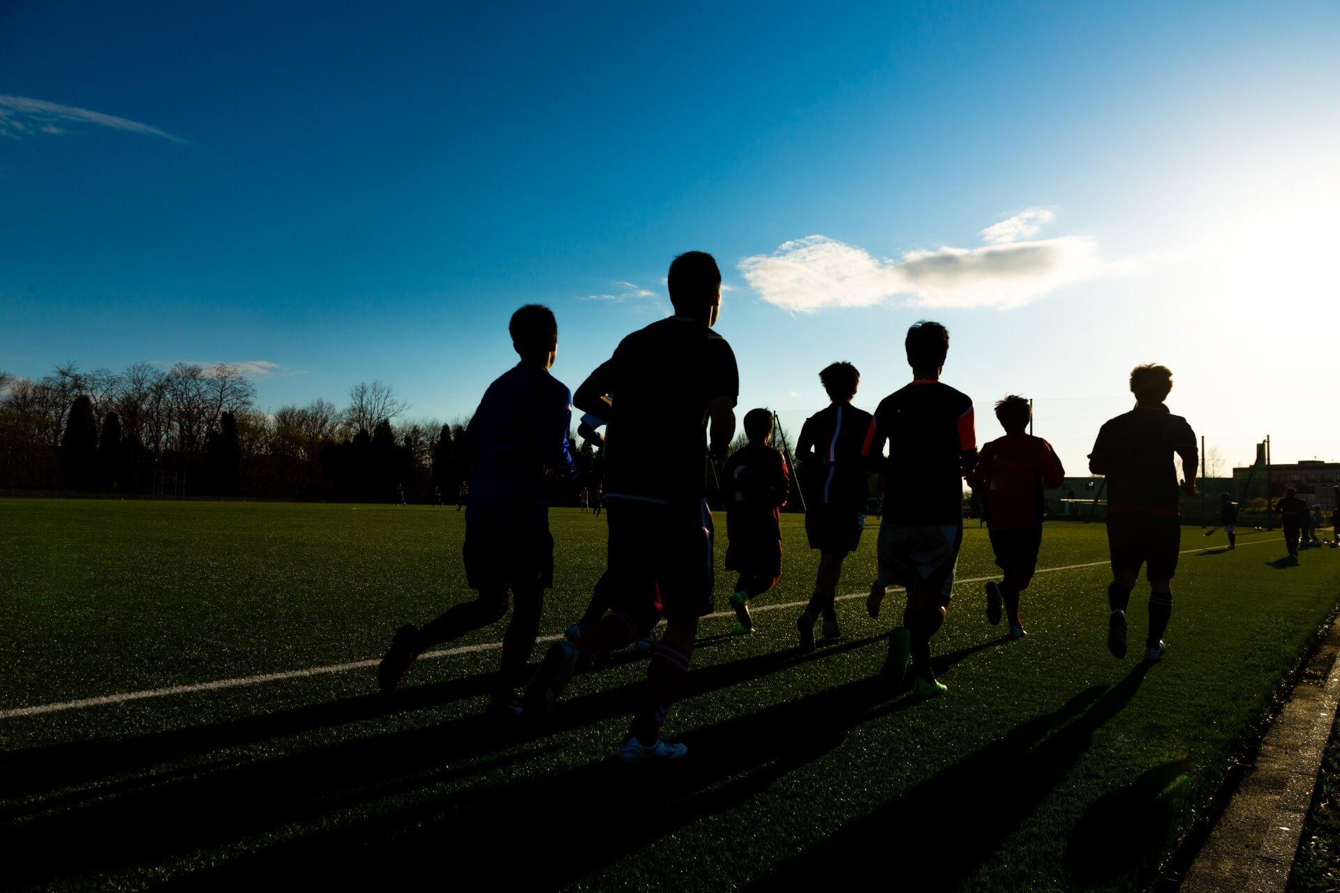 サッカーの試合で90分走れるスタミナをつけるトレーニング方法とは?