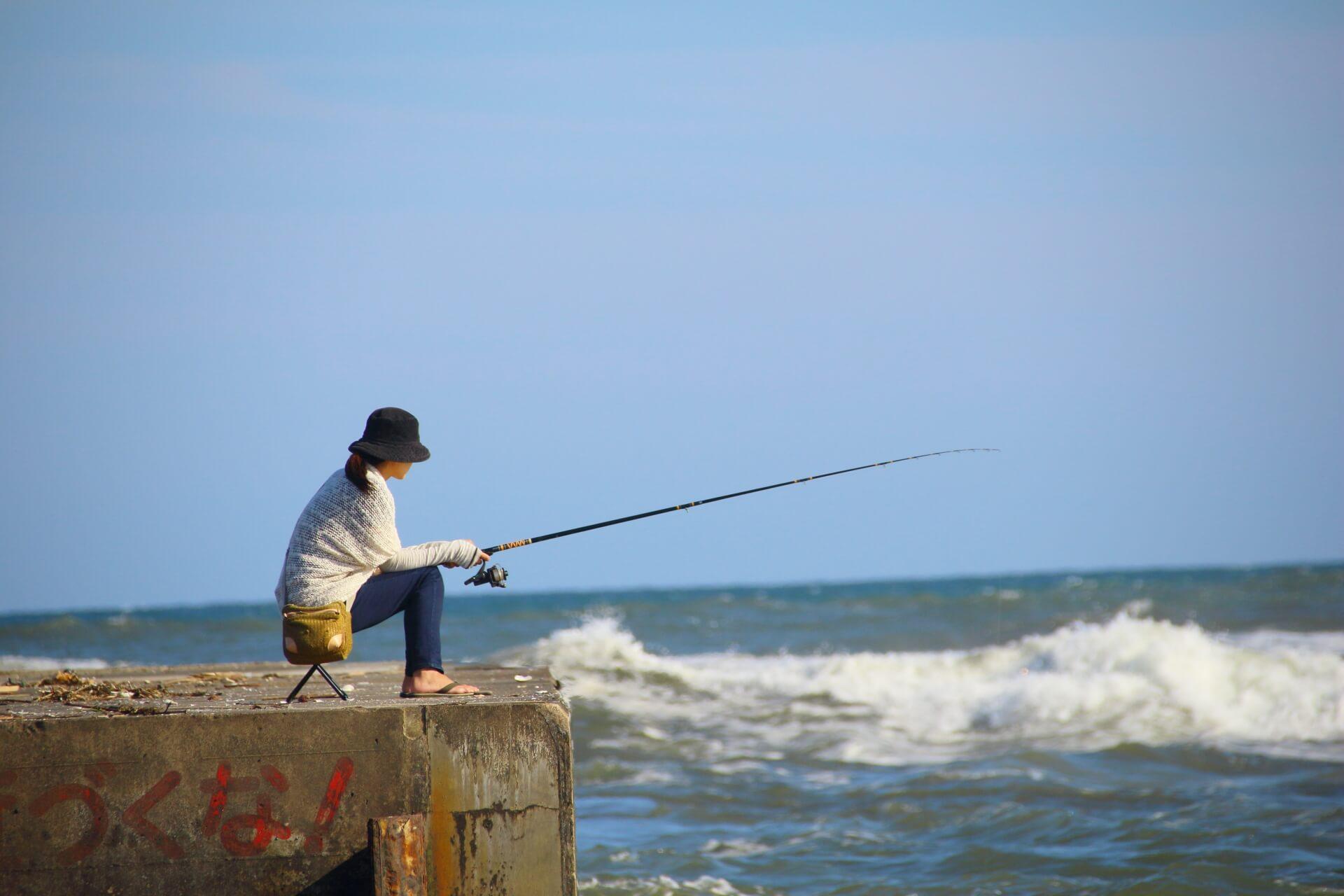 釣りをするなら一匹でも多く釣ろう!魚が釣れる時間帯はいつ頃?