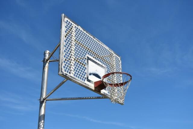 【驚愕】バスケットボール選手の平均身長は〇〇cm!?