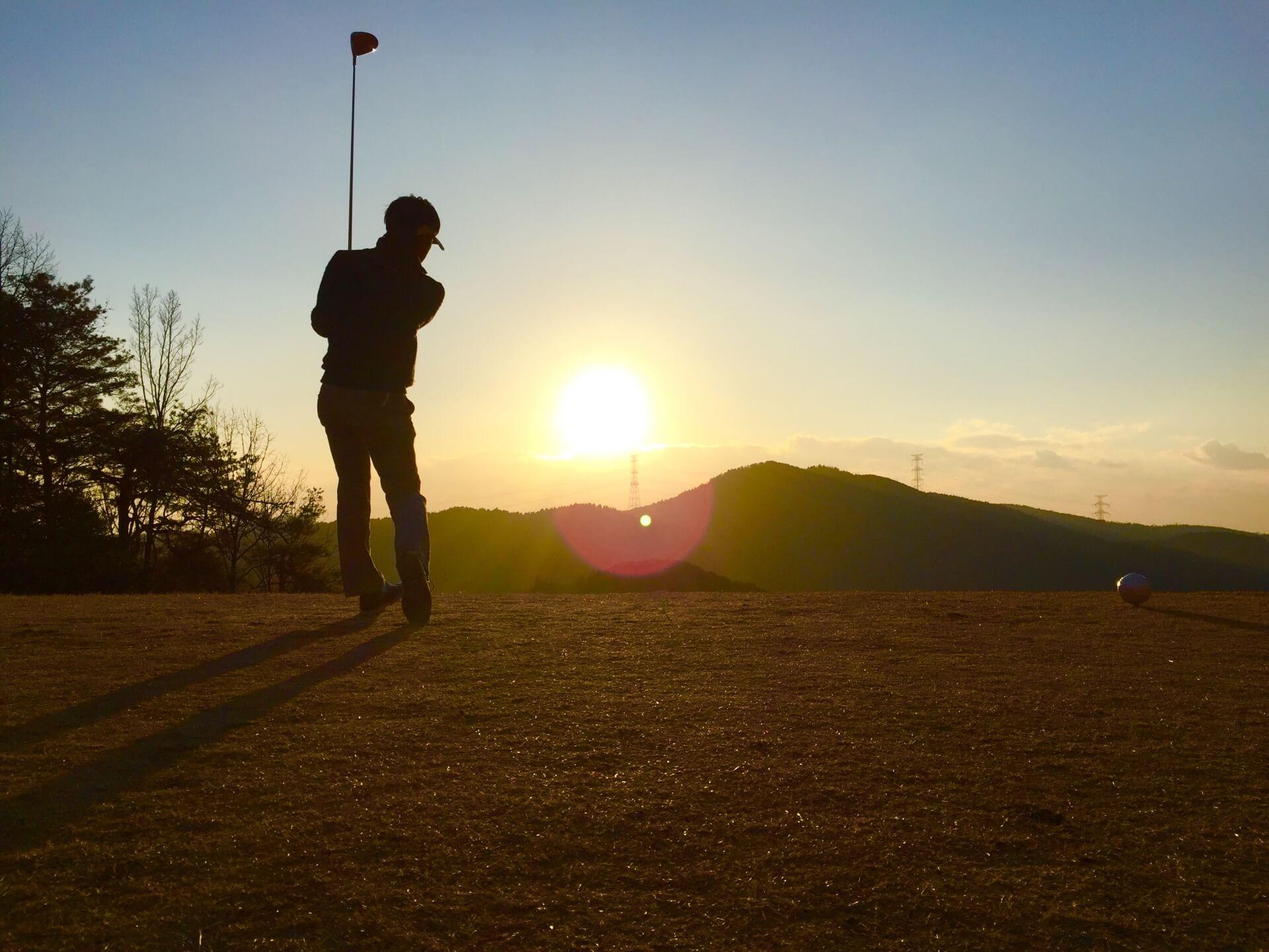 ゴルフ武勇伝とは何?