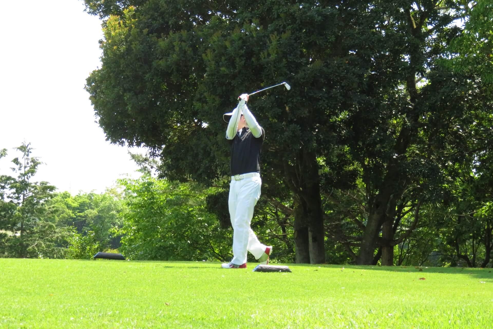 ゴルフのトーナメントツアー