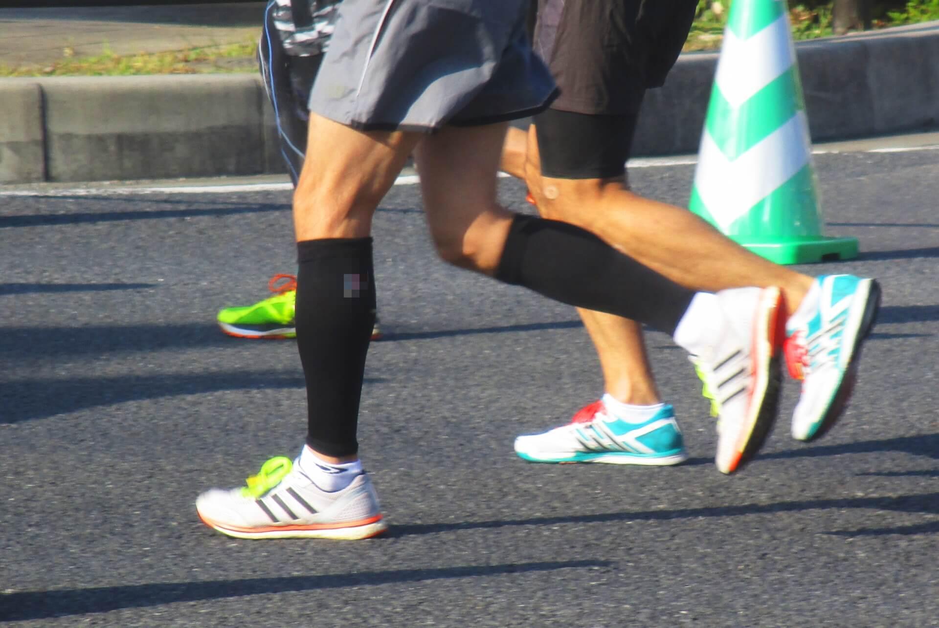 マラソンのタイムを伸ばす鍵は体重!