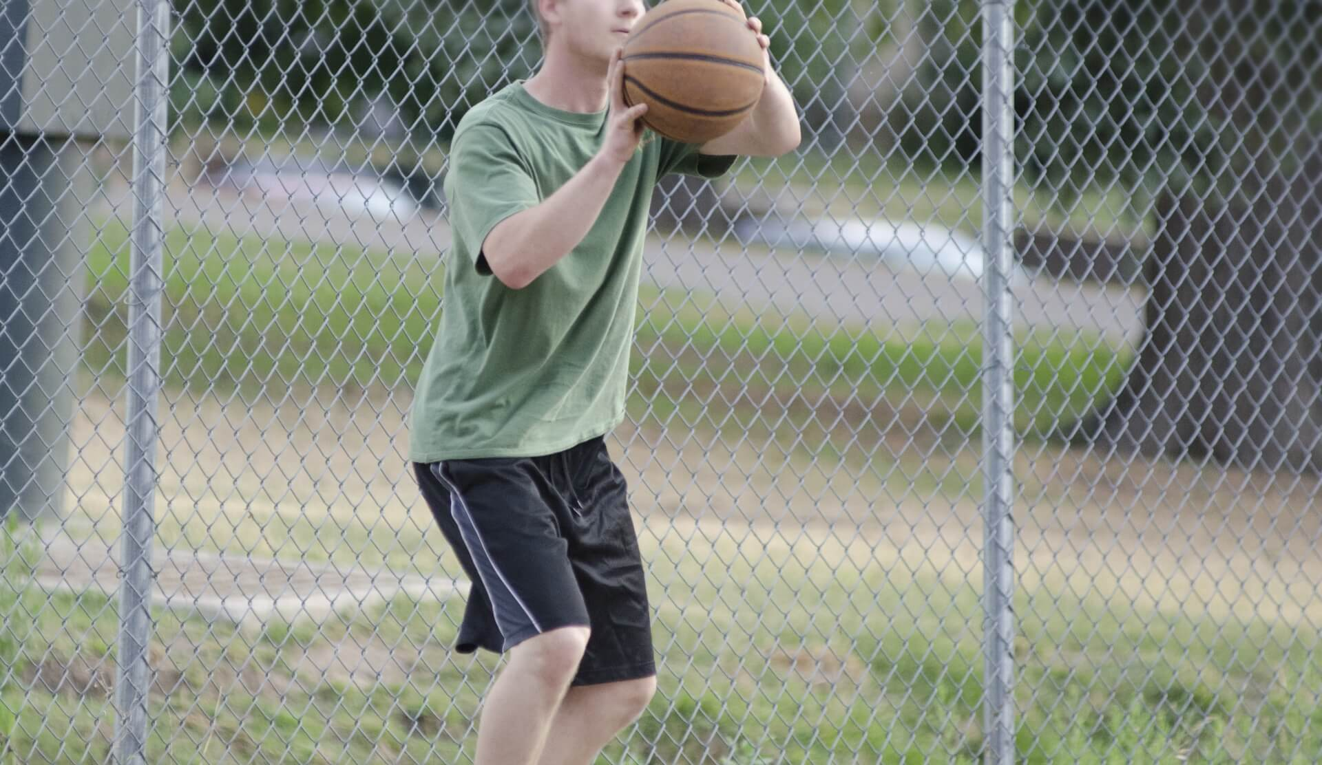 バスケの反則「トラベリング」