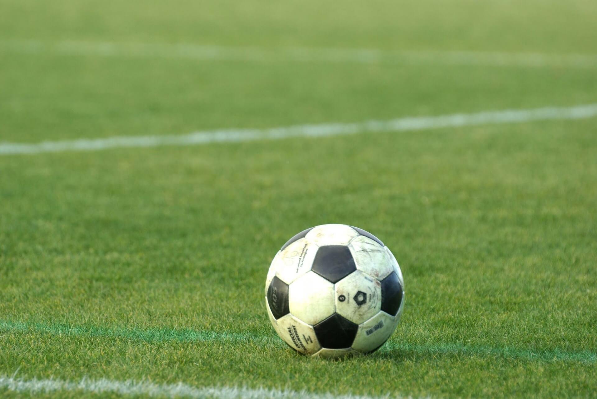 サッカーの人数は、11人だけじゃ...