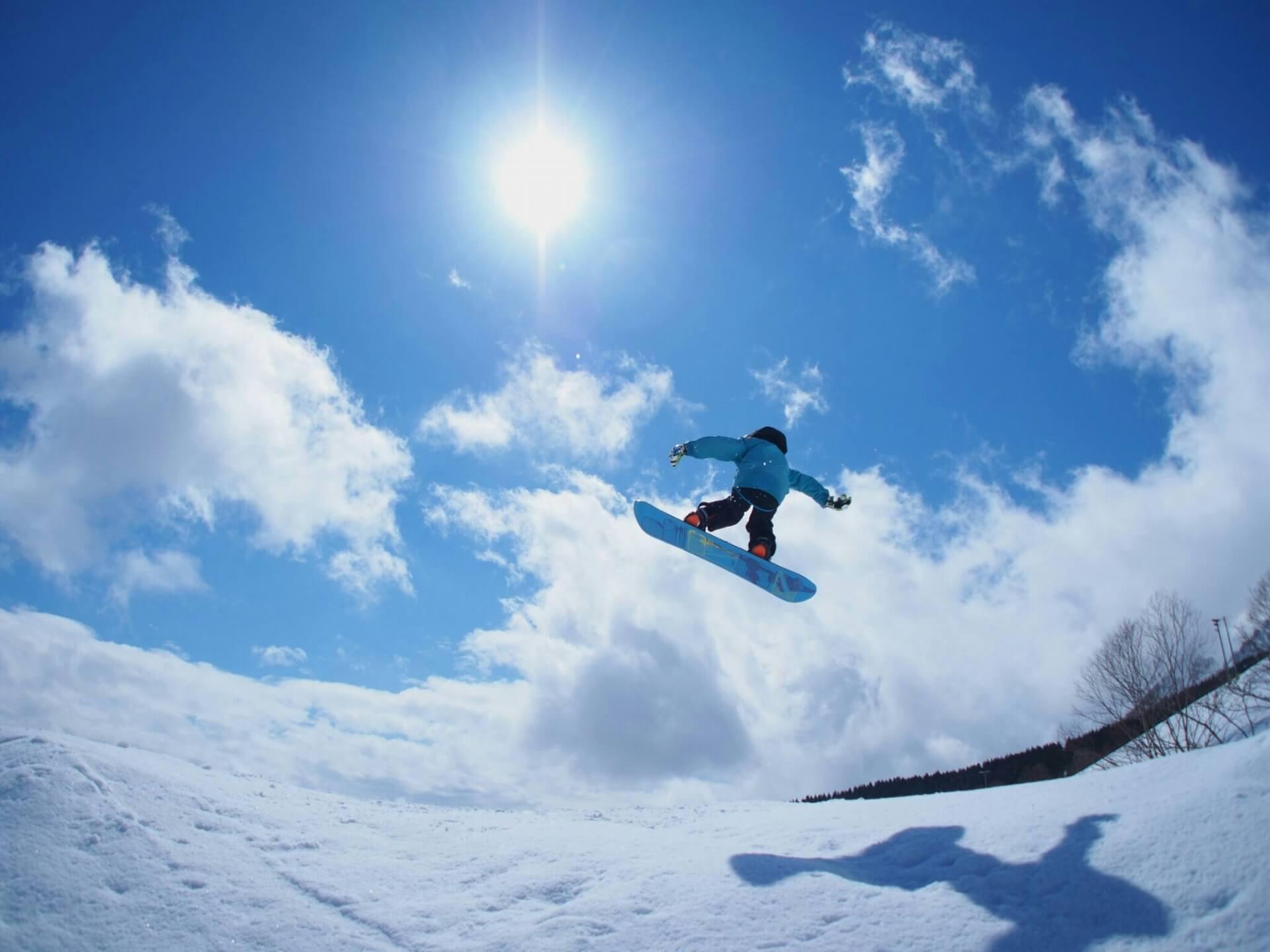滑りが変わる!スノーボードのスタンスの取り方