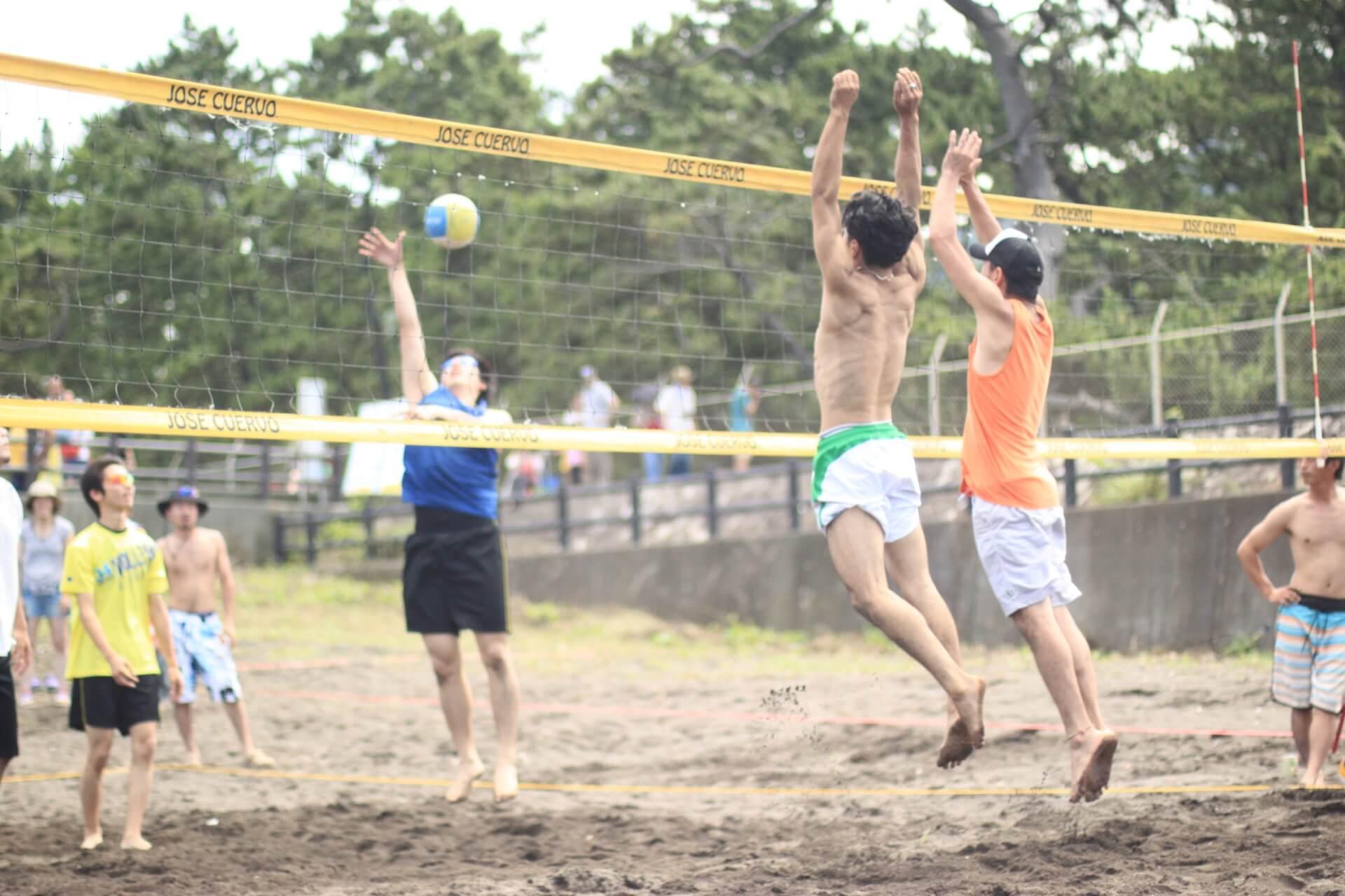 6人制やビーチ、色々なバレーボールのルールを紹介!
