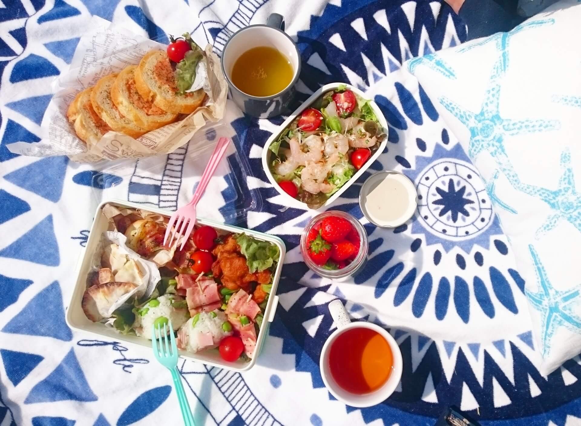 ピクニックに持って行くなら!オススメのテーブル集