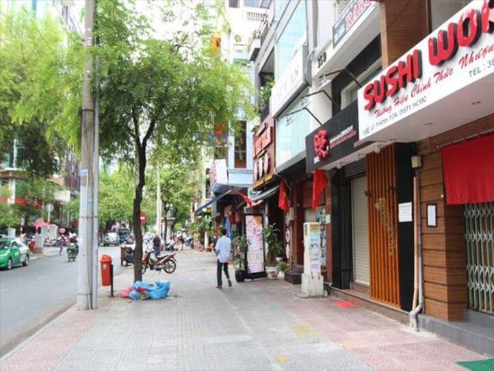 レタントン通りの観光(レストラン、ショップ、エステ)