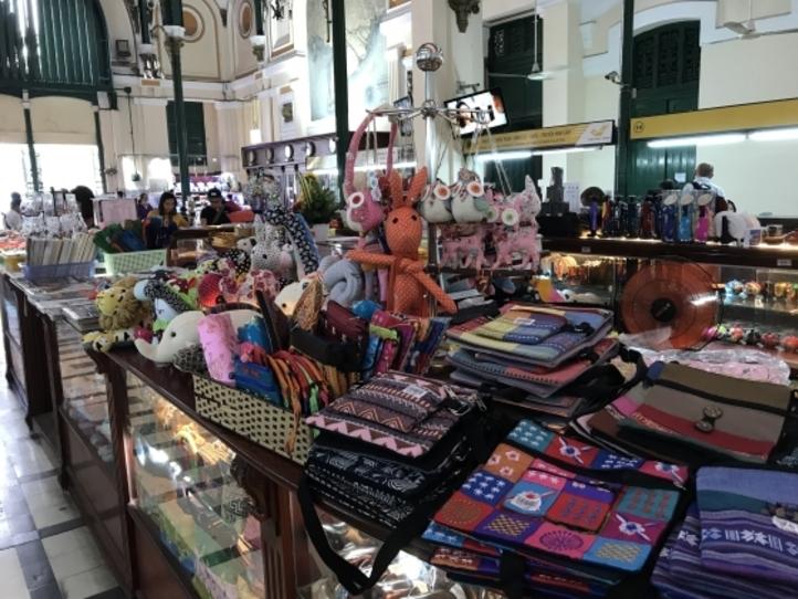 買い物、食事で使える英語やベトナム語