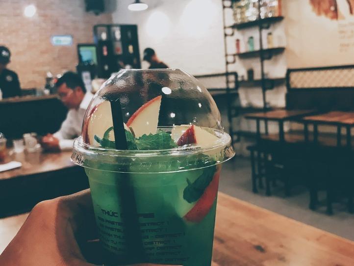 パスター通り沿い!便利な24時間営業のカフェ~Cafe Thuc